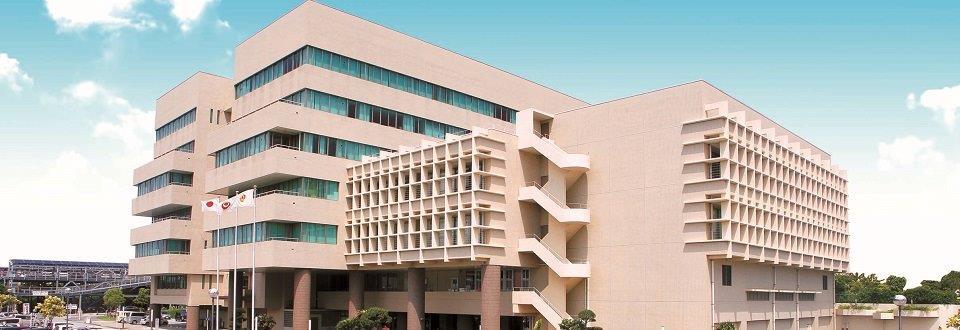 産業支援センター大型駐車場